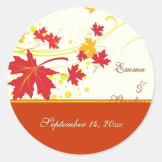 Reserva amarilla roja del boda de las hojas de arc pegatinas redondas