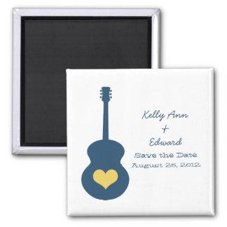 Reserva azul/amarilla del corazón de la guitarra imán cuadrado