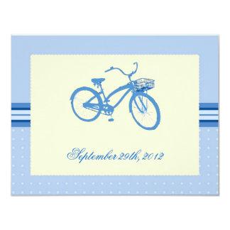 Reserva azul de la bicicleta la invitación de la