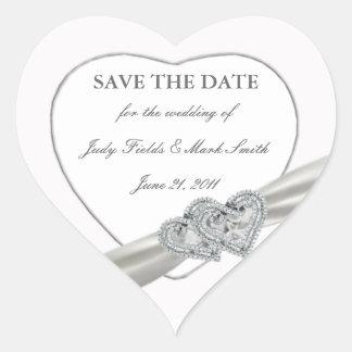 Reserva blanca del boda de los corazones los pegatina en forma de corazón