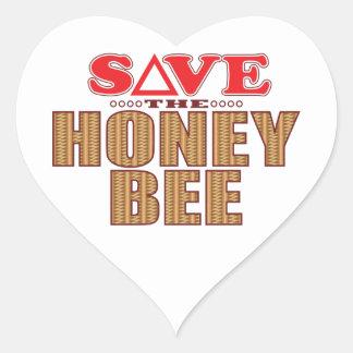 Reserva de la abeja de la miel pegatina en forma de corazón