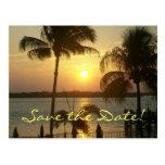 Reserva de la puesta del sol la fecha tarjeta postal