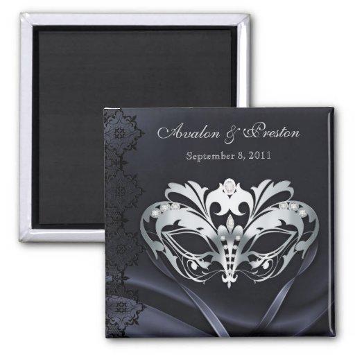 Reserva de plata del negro de la mascarada el imán