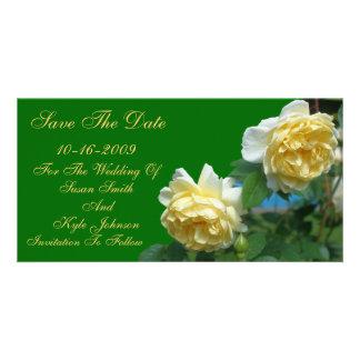 Reserva del boda de la flor de los rosas amarillos tarjeta fotografica