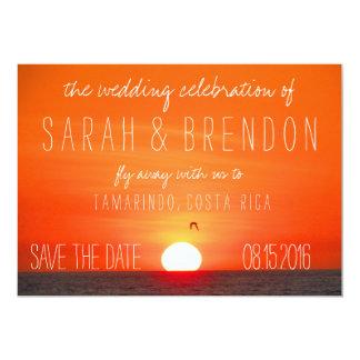 Reserva del boda de la puesta del sol de la playa