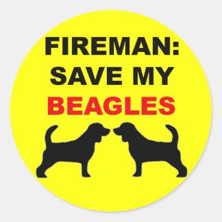 Reserva del bombero mis beagles pegatina redonda