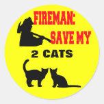 Reserva del bombero mis dos gatos pegatinas redondas