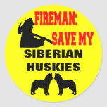 Reserva del bombero mis huskyes siberianos pegatina redonda