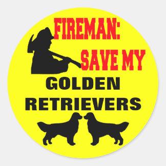 Reserva del bombero mis perros perdigueros de oro pegatina redonda