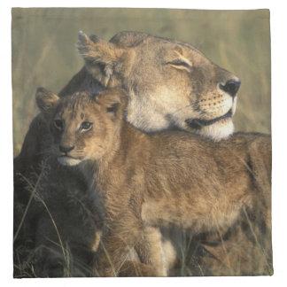 Reserva del juego de Kenia, Mara del Masai, leona Servilletas Imprimidas