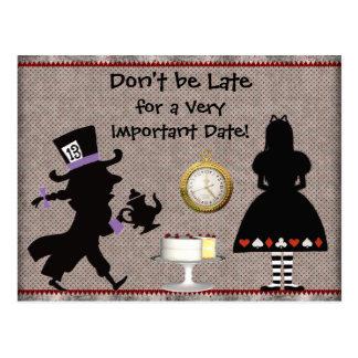 Reserva enojada de la fiesta del té del sombrerero tarjetas postales