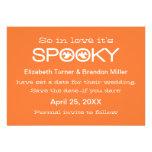 Reserva fantasmagórica de Halloween de la tipograf Invitación Personalizada