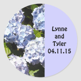 Reserva floral de color de malva la fecha etiqueta redonda