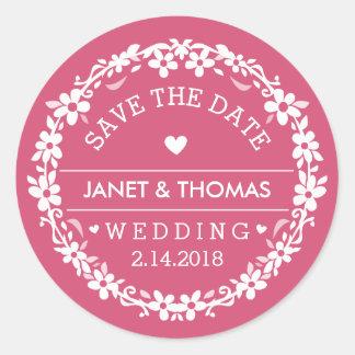 Reserva floral del boda rosado y blanco la fecha pegatina redonda