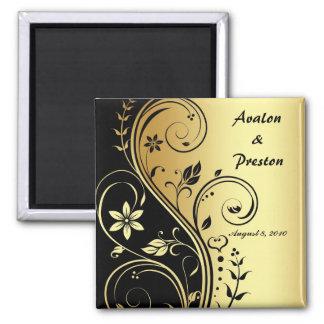 Reserva floral del oro y de la voluta del negro el imán cuadrado