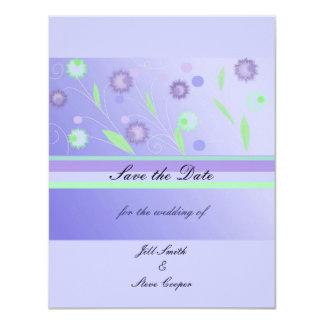 """Reserva floral púrpura elegante la fecha invitación 4.25"""" x 5.5"""""""