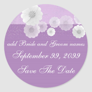 Reserva floral púrpura y blanca los recordatorios pegatina redonda