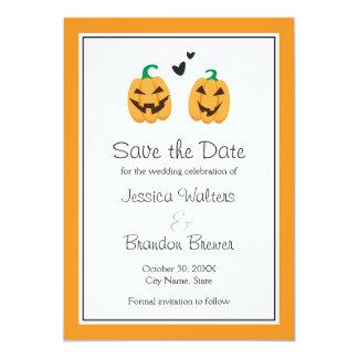 Reserva linda del boda de Halloween la invitación