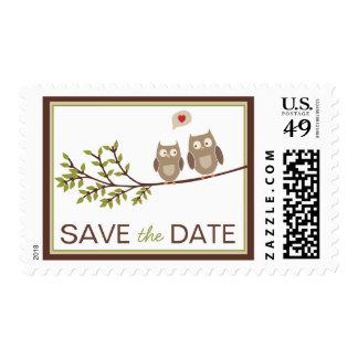 Reserva linda del búho los sellos de fecha
