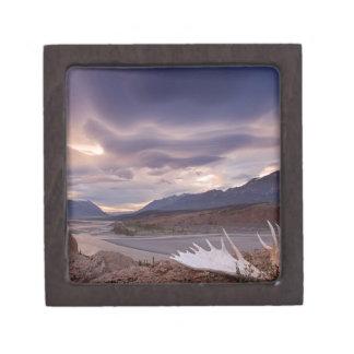 Reserva perfecta de la imagen de la montaña de la  cajas de joyas de calidad