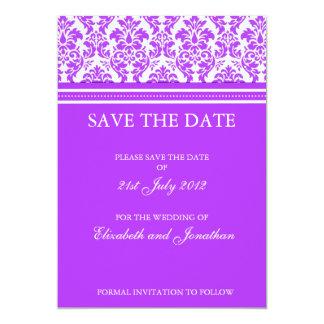 "Reserva púrpura del damasco la postal de la fecha invitación 5"" x 7"""