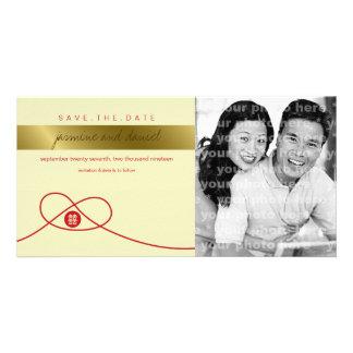 Reserva roja de la felicidad del doble del nudo la tarjeta fotografica