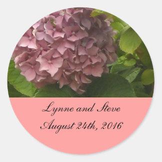 Reserva rosada elegante del Hydrangea la fecha Pegatina Redonda