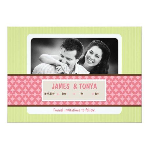 reserva verde rosada de la foto 5x7 la invitación