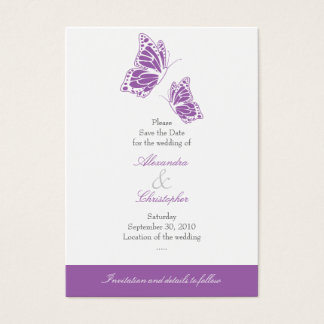 Reserva violeta simple de la mariposa el casarse tarjeta de negocios