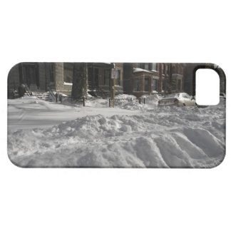 Residential urban (city) street on sunny winter 2 iPhone SE/5/5s case