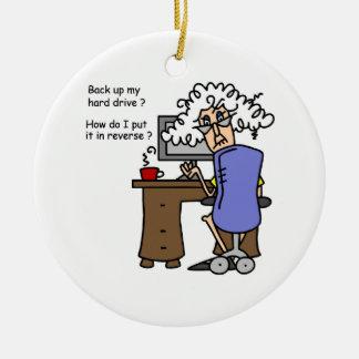 Respaldo de la impulsión dura chistoso adorno navideño redondo de cerámica