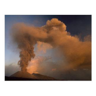 Respiradero de la cumbre del monte Etna, Sicilia, Postales