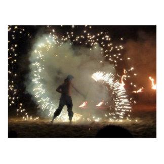 Respiradero y bailarín españoles del fuego postales
