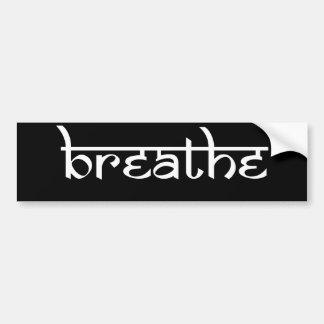 Respire el diseño en estilo sánscrito pegatina de parachoque