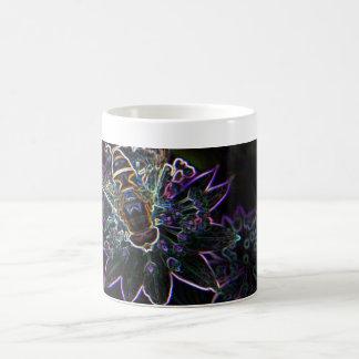 Resplandor de la flor del abejón tazas de café
