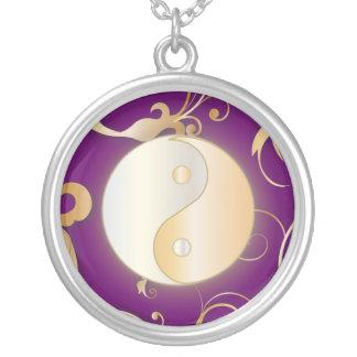 Resplandor de oro Yin y Yang Colgante Redondo