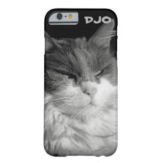 Resplandor del gato del palo funda barely there iPhone 6