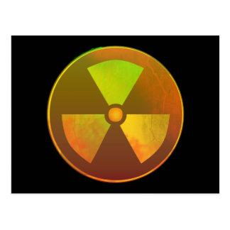 Resplandor radiactivo del símbolo nuclear tarjetas postales