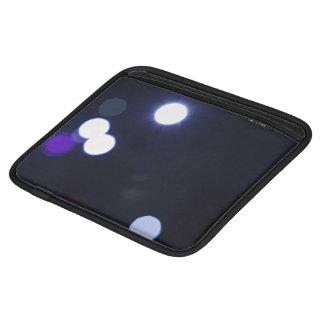 resplandor romántico del círculo de la violeta funda para iPads