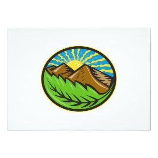 Resplandor solar de la hoja de las montañas retro anuncio