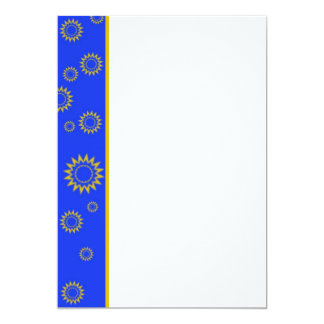 Resplandor solar en la invitación azul