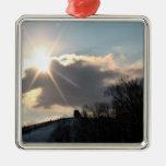 Resplandor solar sobre la colina Nevado Ornamento Para Arbol De Navidad