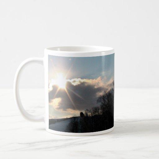 Resplandor solar sobre la colina Nevado Tazas De Café