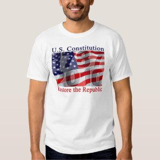 Restaure el camisetas de la república playera