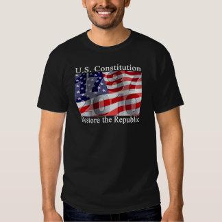Restaure el camisetas de la república poleras