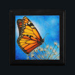 "Resting Monarch butterfly gift box<br><div class=""desc"">Pretty Monarch butterfly gift box.  Based on a painting by David Lenz.</div>"