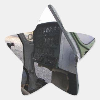 Restos del helicóptero de la guerra fría pegatina en forma de estrella