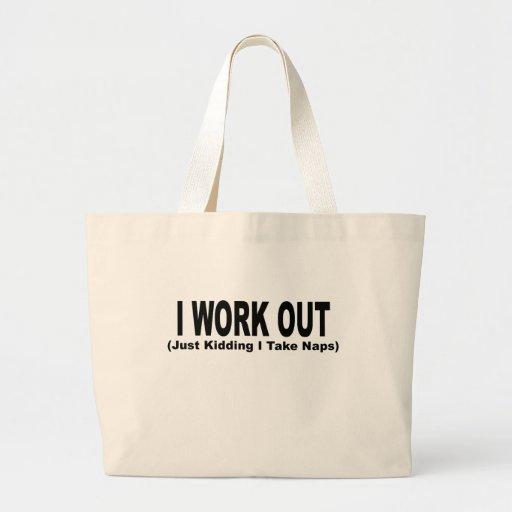 Resuelvo (apenas embromando tomo siestas) T-Shirts Bolsa De Mano