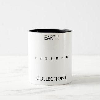 RETIRED EARTH COLLECTIONS MUG