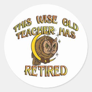 RETIRED TEACHER CLASSIC ROUND STICKER